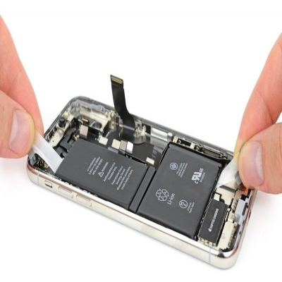 Apple Says iPhones With Third-Party Batteries Now Eligible for Repairs